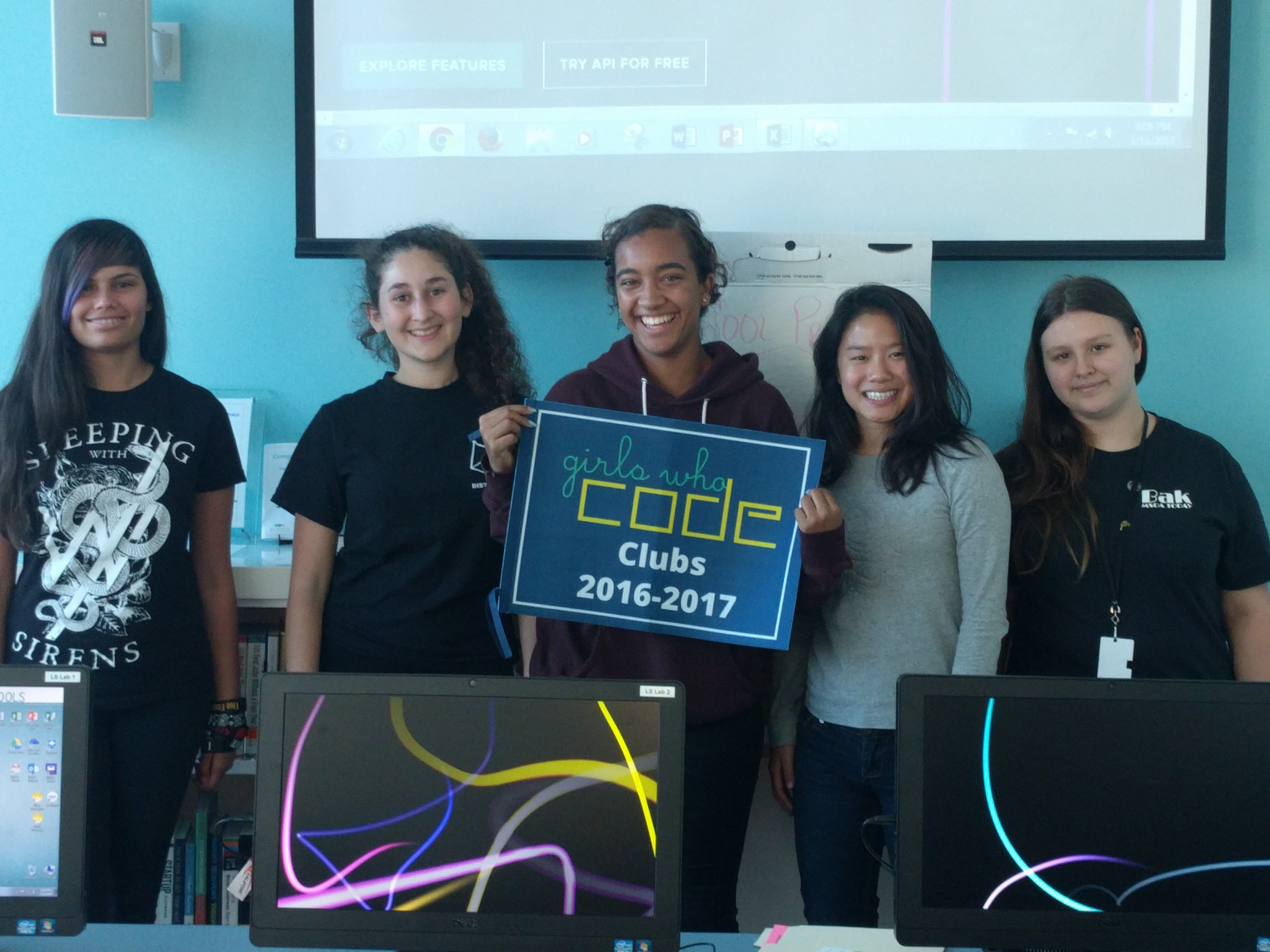 Mandel Public Library Girls Who Code